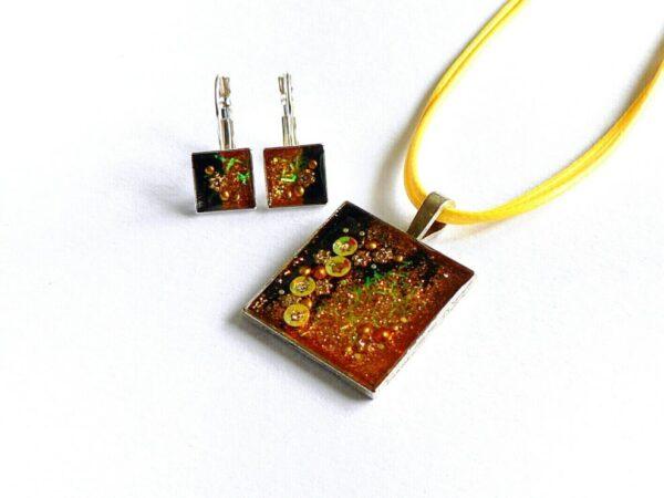 Třpytivý žlutý náhrdelník s květinami čtverec s náušnicemi