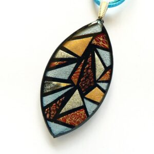 Autorský náhrdelník s mozaikou na řemínku