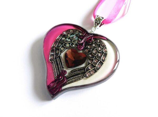 Náhrdelník srdce s andělskými křídly