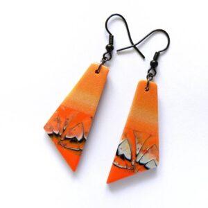 Náušnice oranžové velmi lehké.