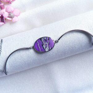 Fialový náramek s lůžkem z oceli