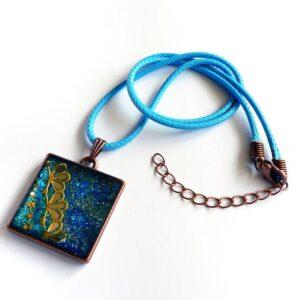 Náhrdelník modrý třpytivý