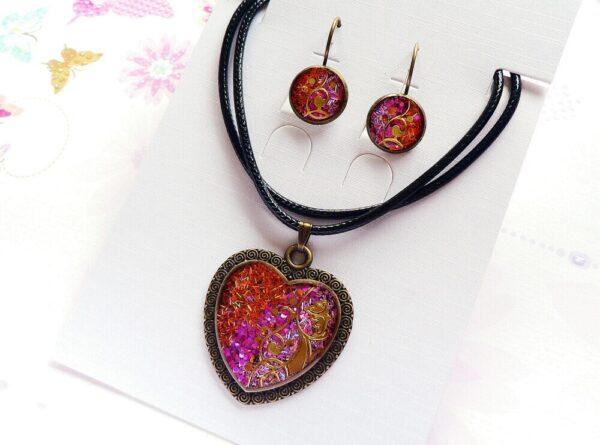 Souprava, náhrdelník a náušnice v růžové barvě