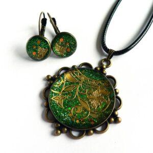 Zelená souprava, náhrdelník a náušnice