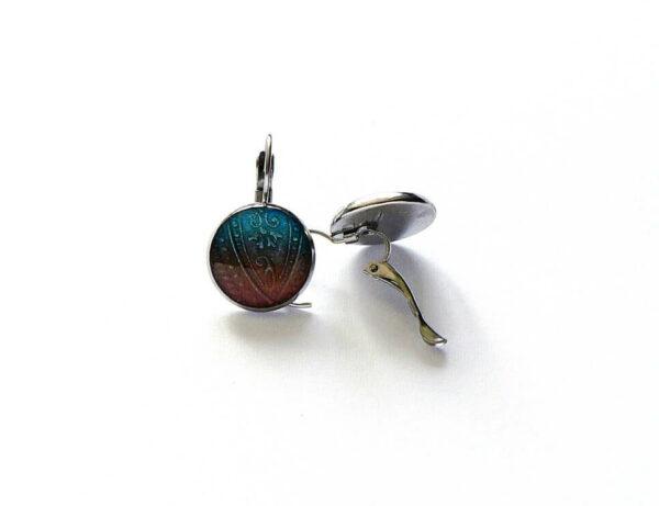 Ocelové náušnice s tyrkysovo hnědým pryskyřicovým lůžkem
