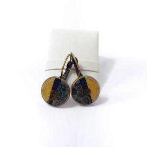 Náušnice s černo hnědým pryskyřicovým lůžkem